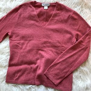 BROOKS BROTHERS CORAL RED V-NECK CASHMERE SWEATER